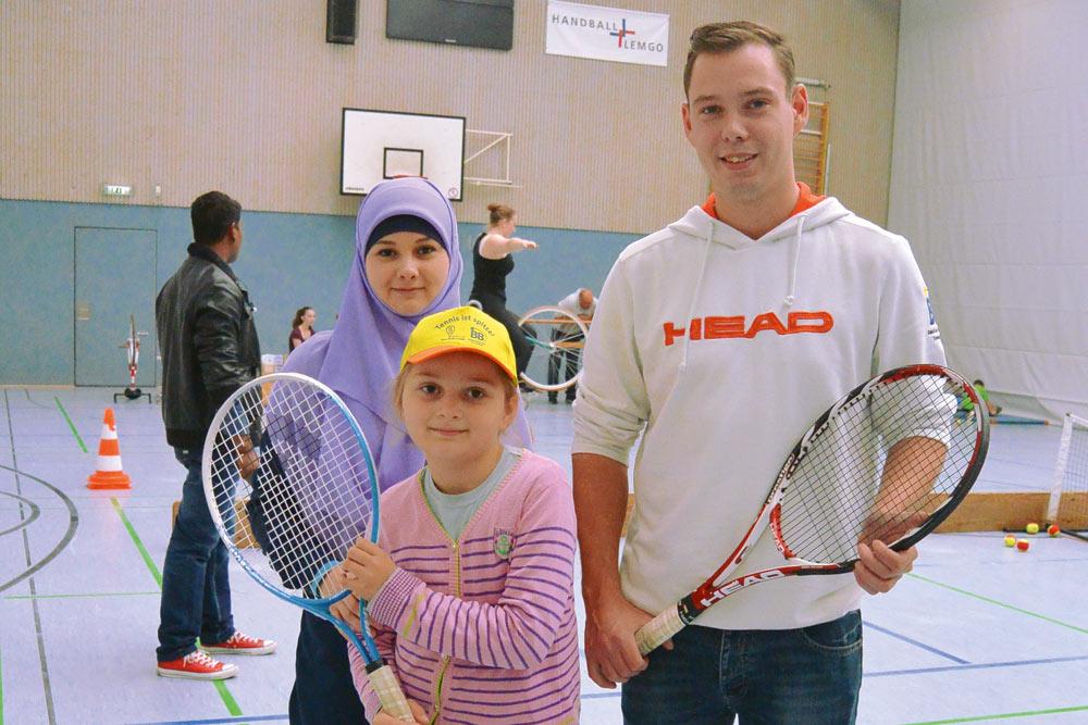 Tennisclub Blau-Weiß Lemgo   Sport-Flüchtlingstag 2015